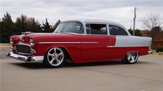 1955 CHEVROLET 210 CUSTOM 2 DOOR SEDAN - Front 3/4 - 161048