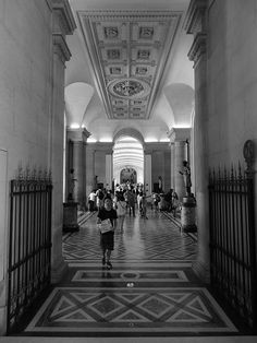 https://flic.kr/p/JQYi47   Musée du Louvre, point de vue.