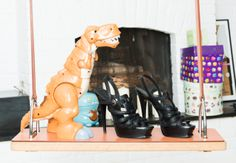 You're gonna hear us roar. www.thecoveteur.com/elisabeth-holder