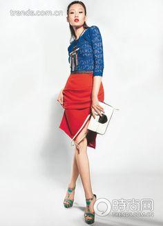 cobalt blue lace knit long-sleeved shirt Isabel Marant from IT Slim pencil skirt is red sculptural works ZaraDelphine Charlotte beaded necklace made withSwarovski Elements hit the color black and white Prada handbag envelope