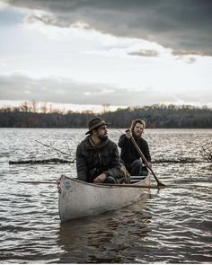 Less snow. More southern. Still a canoe. Photo by @4thebirds #liveauthentic #livefolk @folkmagazine