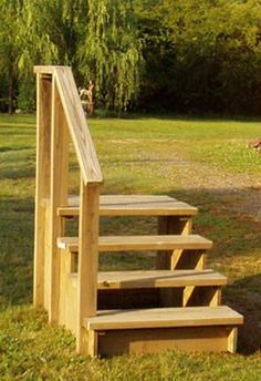 Unique wooden portable steps for your travel trailer you for Pre built stairs