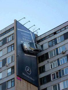 Muy ingeniosa esta publicidad de Mercedes Benz