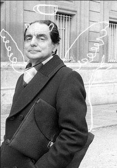 Italo Calvino  Resultados de la Búsqueda de imágenes de Google de http://kaylaag.files.wordpress.com/2010/01/italo_calvino3.jpg
