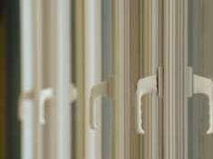 Masz plastikowe okna? Pewnie nawet nie wiesz, jak możesz dzięki nim zaoszczędzić Curtains, Home Decor, Blinds, Decoration Home, Room Decor, Draping, Home Interior Design, Picture Window Treatments, Home Decoration
