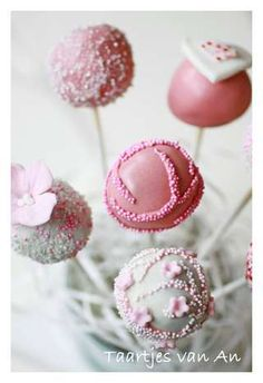 Pink pops for a wedding