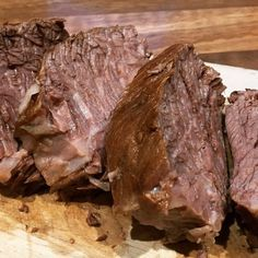 3 ways to grill a perfect steak. Ever wanted to cook a steak like a chef. Learn how to grill the perfect steak. Spicy Recipes, Steak Recipes, Appetizer Recipes, Grilled Pork Loin, Pork Roast, Boiled Beef, Grilling The Perfect Steak, How To Cook Beef, Eat Smart