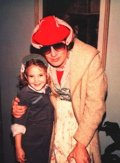 Drew Barrymore and Steven Spielberg | Rare and beautiful celebrity photos
