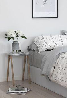 Simple granite bedroom sidetable. Discover more: coffeeandsidetables.com | #bedroomsidetable #simplesidetable #granitesidetable