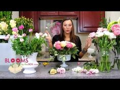 Step by Step Video Tutorial - How to Make a Romantic Ranunculus Centerpiece