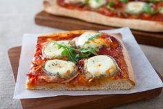 Pizza chèvre et miel, les recettes de nos chefs
