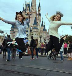 """""""Sendo feliz e sem vergonha na Disney! @desafiovidasaudavel ❤️"""""""