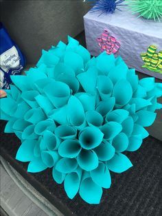 This ocean looking item was created using recycled/leftover tagboard. Pieces of paper were rolled up from the bottom and taped then added to a shallow box. Mermaid Under The Sea, Under The Sea Theme, Under The Sea Party, Little Mermaid Play, Little Mermaid Parties, Underwater Theme, Shark Party, Trunk Or Treat, Ocean Themes