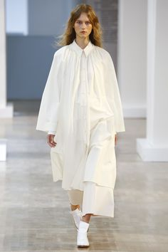 Lemaire at Paris Fashion Week Spring 2016