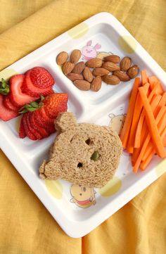 Planning the Perfect Winnie the Pooh Picnic Disney Dishes, Disney Desserts, Disney Snacks, Disney Food, Disney Recipes, Cute Food, Yummy Food, Comida Disney, Disney Inspired Food
