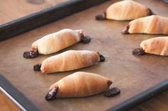 """オーブンいらず!""""作りおき""""で、毎日焼きたてパン生活。冷蔵庫発酵で超簡単、最新パン作りメソッドを伝授します。   主婦の友社 会社情報 Fish, Meat, Baking, Ethnic Recipes, Pisces, Bakken, Backen, Sweets, Pastries"""