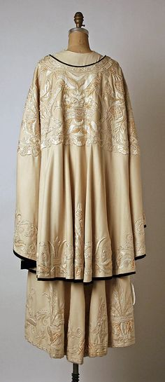 Coat, Evening.  Callot Soeurs  (French, active 1895–1937).  Date: ca. 1900. Culture: French. Medium: wool, silk, fur. Dimensions: Length at CB: 52 in. (132.1 cm).
