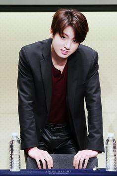 151213 BTS 4th Mini Album <화양연화 pt.2> Fansigning (Gwanghwamun)