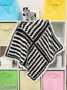 These patterns are featured in the Autumn 2020 issue of Crochet! Magazine. Crochet Zebra Pattern, Crochet Cap, Blanket Crochet, Knitting Patterns, Crochet Patterns, Clear Tote Bags, Knit Edge, Point Lace, Modern Graphic Design