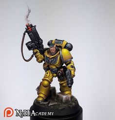 "Not a space marine/40k fan. 30k has some small interest for me. So I'm very surprised I like this ""Imperial Fist""?"