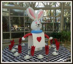Alice in wonderland Rabbit - #aliceinwonderland #rabbie #elegantballoons