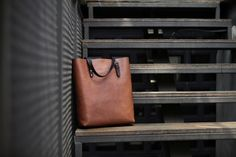 Slim Tall Tote in Fox with Espresso Handles