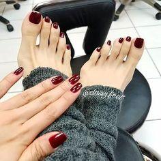 Nail art nails in 2019 feet nails, nails, toe nails. Beautiful Toes, Pretty Toes, Pretty Nails, Toe Nail Color, Nail Polish Colors, Polish Nails, Hair And Nails, My Nails, Shellac Pedicure