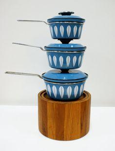 Cathrineholm Pot set of Smokey Blue Covered Lotus Enamel Pots Norway
