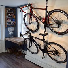 The Dan pedal hook is a horizontal bike storage system. It's easy to use and offers the display look of shelves and brackets at a lower cost. Bike wall mount for all bikes.