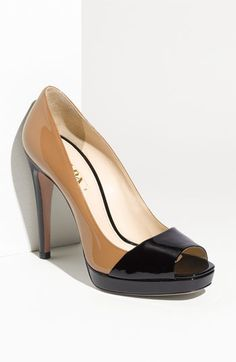 Love the two-tone pump! Of course it had to be Prada. >_< $720