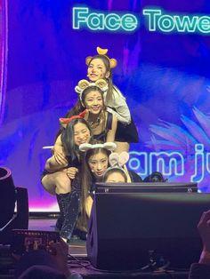 Kpop Girl Groups, Kpop Girls, Boy Groups, Fandom, Adore U, Love You More Than, Hey Girl, Girl Wallpaper, K Idols