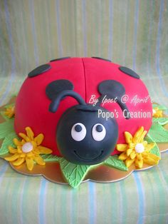 For Ellie's first birthday cake - this is my inspiration.... Will see how I go!