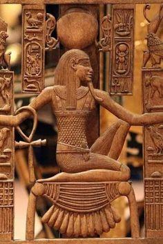 Ancient Egypt Art, Ancient Symbols, Ancient History, Ancient Egyptian Architecture, King Tut Tomb, Canopic Jars, Desert Design, Egyptian Art, Photos Du