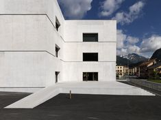 Visiting Center Swiss National Parc Zernez - Valerio Olgiati - Wikipedia