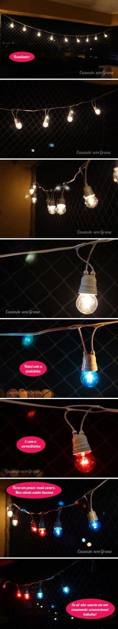 Que tal criar um varal de lâmpadas de forma fácil e econômica para decorar o ambiente externo do seu casamento ou qualquer outro tipo de festa?
