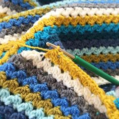 Back to the good habits! This blanket is almost finished and will soon be listed in my etsy shop! (Link in bio) I just can't wait to get started with the border, that's my fave part ☺️ habits list ideas Crochet Classes, Crochet Videos, Learn To Crochet, Baby Blanket Crochet, Crochet Yarn, Crochet Stitches, Crochet Edging Patterns, Stitch Patterns, Knitting Patterns