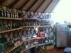yurt shelves - because I want to spend a week in one! Yurt Living, Living Spaces, Yurt Interior, Yurt Home, Natural Homes, Round House, Deco, My Dream Home, Tiny House