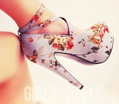 floral heel perfect for the time of the year! spring. pumps with straps