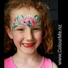 Christmas Crown with homemade blind  #ColourMe #colourmeNZ #facepainting #facepainting #aucklandfacepainter #crown #christmas #bling