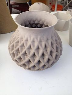 The biggest clay pieces ever printed in the world - WASP Ceramic Pottery, Ceramic Art, Projects For Kids, Art Projects, Printed Concrete, Root Structure, Printable Shapes, Clay Set, Advanced Ceramics