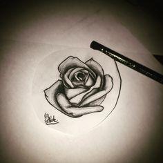rose blackandgrey
