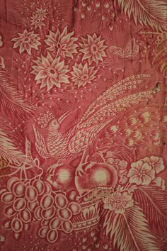 Antique French quilt pink bird fruit floral Toile d' Alsace 1840 backing French Wallpaper, Toile Wallpaper, Antique Wallpaper, Antique Quilts, Vintage Quilts, Vintage Fabrics, Alsace, Bohemian Tapestry, Textile Prints