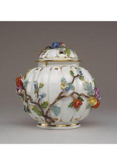 Meissen Porcelain Manufactory,1745-1750