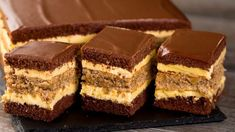 The cake that drove the planet crazy!- Prăjitura care a înnebunit planeta! Sweets Recipes, Baking Recipes, Cake Recipes, Homemade Chocolate, Chocolate Cake, Romanian Desserts, Jaffa Cake, Kolaci I Torte, Torte Cake