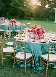 La Tavola Fine Linen Rental: Shimmer Spa | Photography: Em the Gem, Florist: Floral Design Studio, Event Planning & Deisng: Events by Satra: Tulika + Oleg