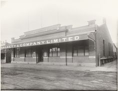 BA1271/343: Dalgety & Company, Geraldton, ca 1920 http://encore.slwa.wa.gov.au/iii/encore/record/C__Rb2109052?lang=eng