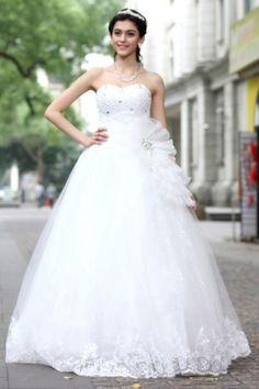 robe de mariage princesse cliquez pour l'acheter : http://www.persun.fr/robe-de-ceremonie-princesse-empire-bustier-coeur-ornee-de-fleur-p-5653.html