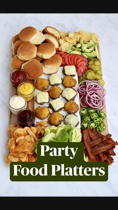 Charcuterie Recipes, Charcuterie And Cheese Board, Charcuterie Platter, Cheese Boards, Party Platters, Cheese Platters, Party Food Trays, Party Food Spread, Party Food Buffet