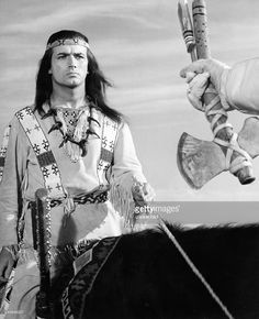 Brice, Pierre *-Schauspieler, Saenger, F- als 'Winnetou' in dem Film 'Old Shatterhand' nach Karl May- 1964