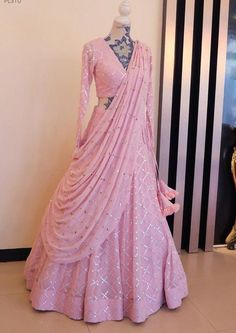 Party Wear Indian Dresses, Indian Wedding Wear, Designer Party Wear Dresses, Indian Fashion Dresses, Indian Bridal Outfits, Indian Gowns Dresses, Party Wear Lehenga, Dress Indian Style, Indian Designer Outfits